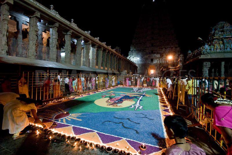 1268621758-mahashivaratri--the-great-night-of-shiva275699_275699
